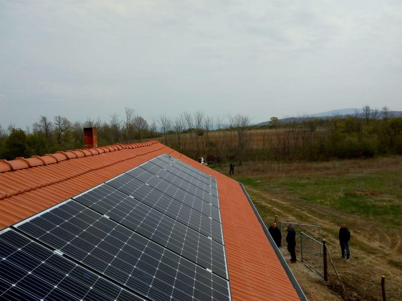 Solarni sistem za navodnjavanje-2.7 KWh