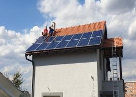 Solarni baterijski sistem-3.9 Kwp- Altina