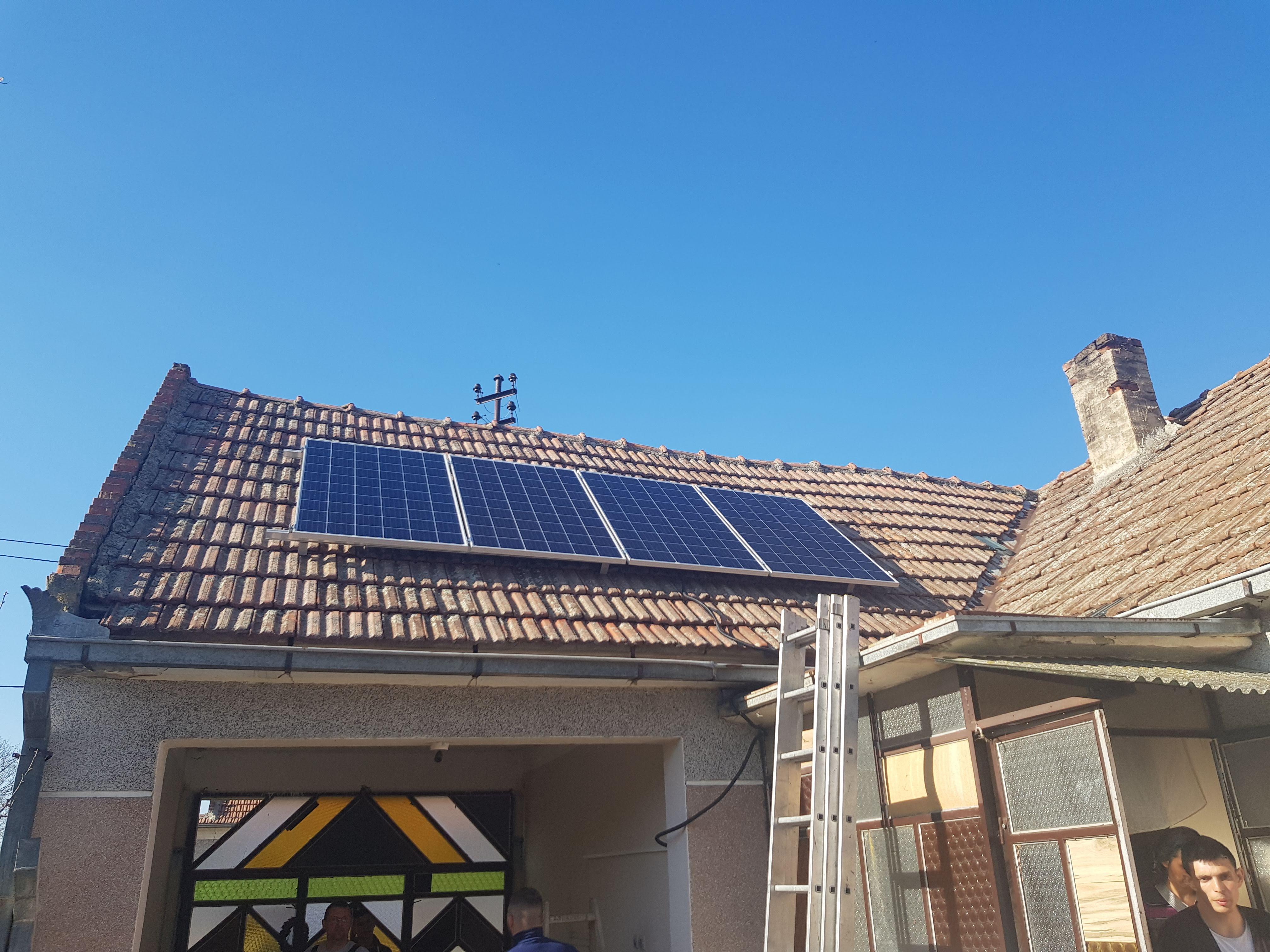 Solarni sistem sa baterijama
