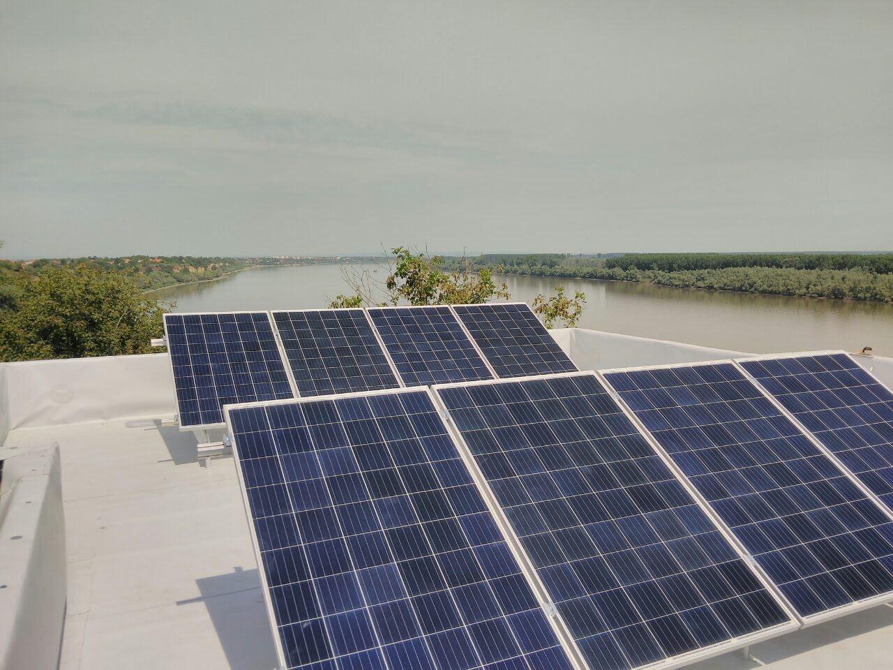 Solarni baterijski sistem-2.8 Kwp